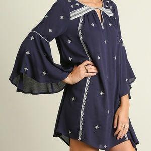 NWT Umgee Trumpet Sleeve Embroidery Keyhole Dress
